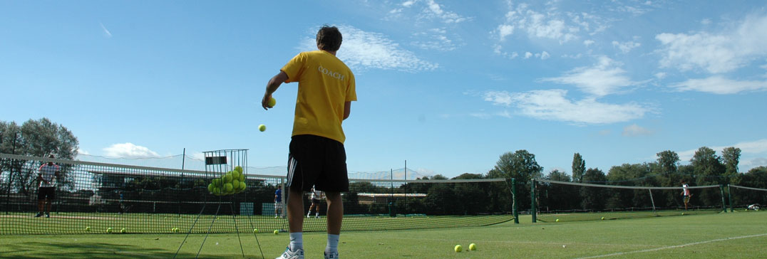 Tennis coach - grass courts of Oxford