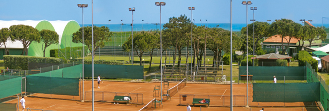 Tennis courts in Venice Lido