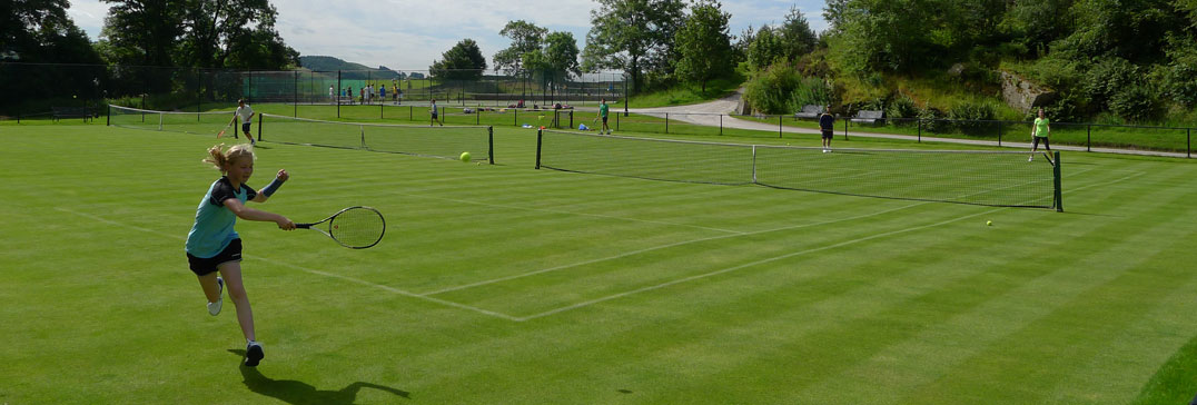 Tennis on the grass courts of Yorkshire Camp