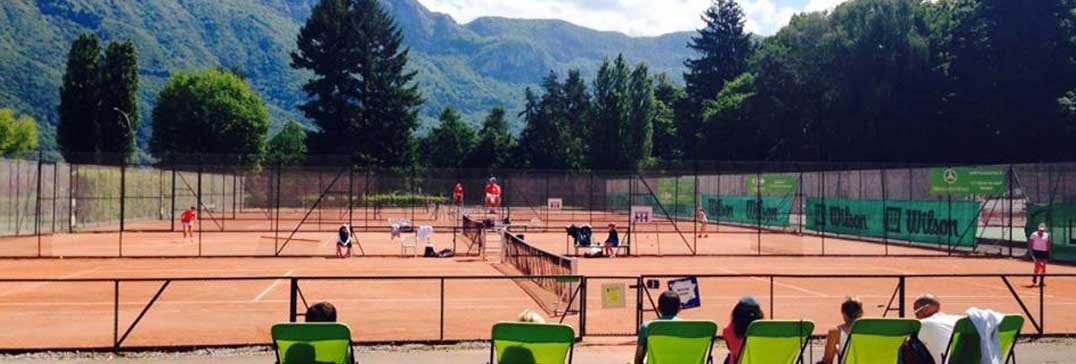 Clay courts at the Tennis and French Camp