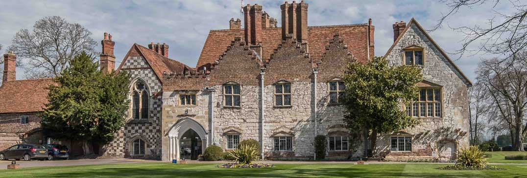 Bisham Abbey accommodation for Easter Tennis Camp