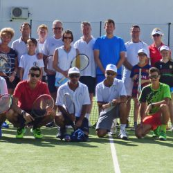 Family tennis players in the Algarve