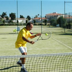 Tennis courts at the Baia da Luz