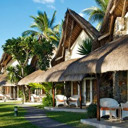 Thatched cottage accommodation, La Pirogue