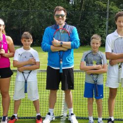 Classic tennis group at the camp