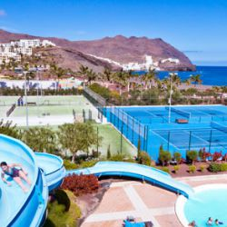 Family tennis week, tennis holidays for your family